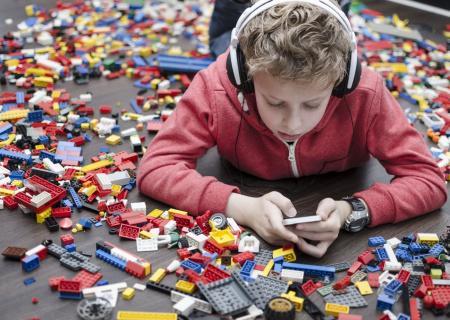 Saugt das Smartphone unsere Kinder ein?