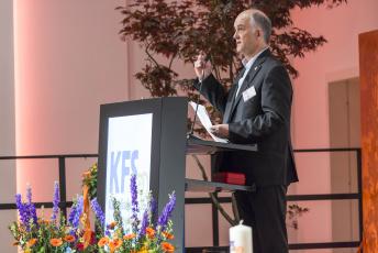 Toni Fiung, Familienseelsorger und geistlicher Assistent im KFS im FiS-Interview